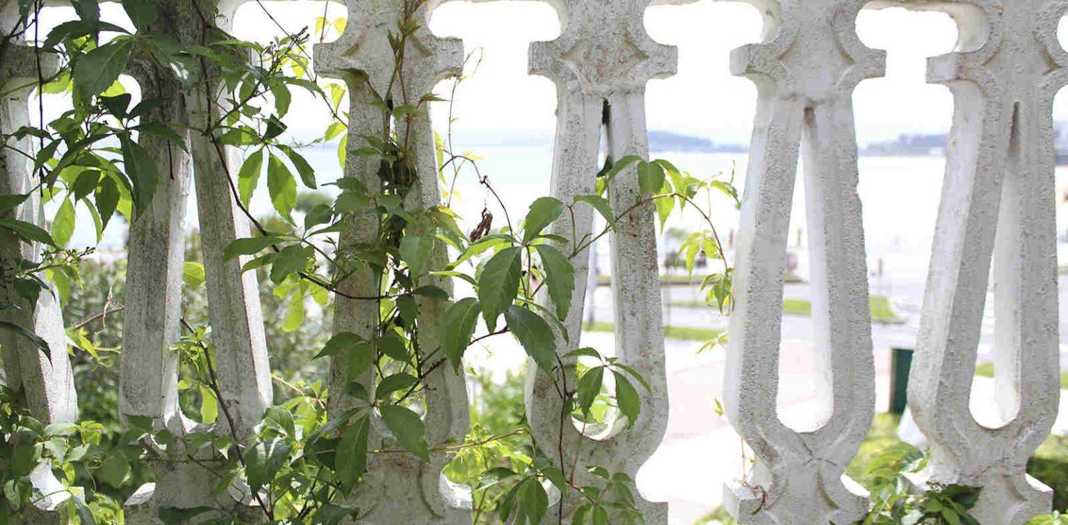 Vistas a la playa desde Jardín privado en Santander
